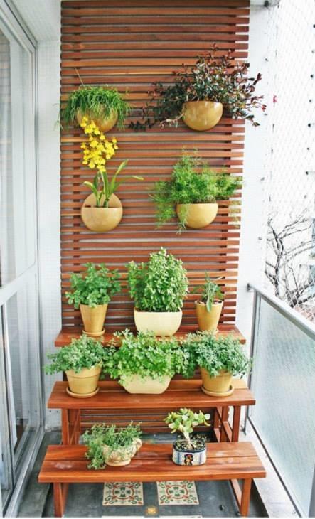 horta jardim vertical:Aproveite o final do ano para renovar sua casa com prateleiras, pois