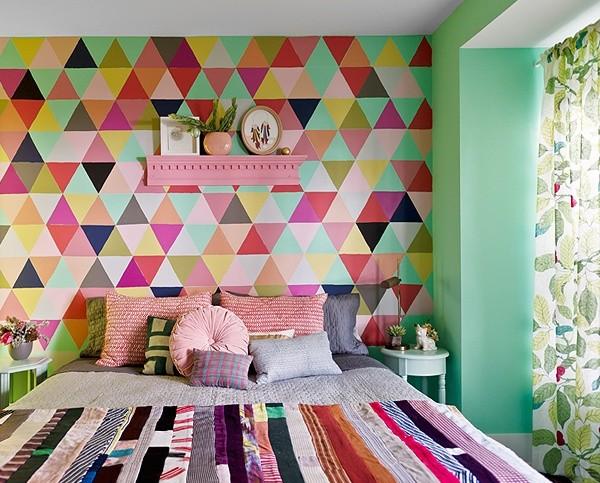 parede-geometrica-no-quarto-600x483