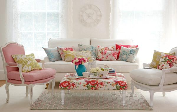 Decora o vintage em alta deixa lares mais charmosos for Sofa estilo romantico