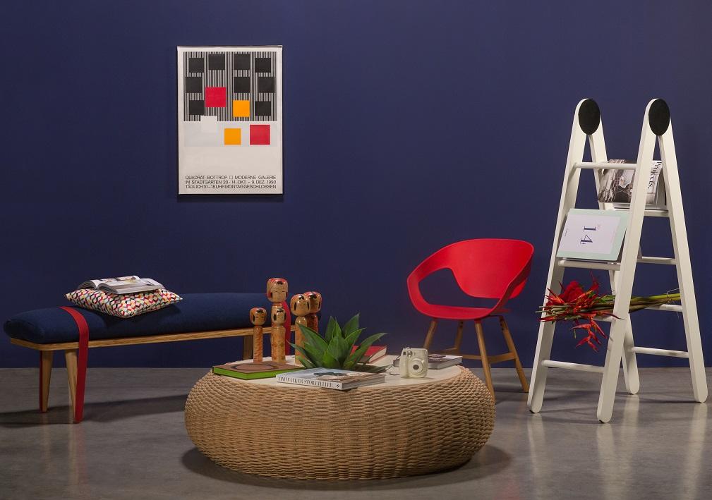 mesa-central_tidelli-cadeira-escada-e-banco_benedixt-esculturas-de-madeira_estudio-manus-quadro_loja-teo