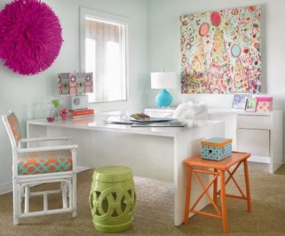 bold-colors-feminine-decor